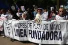 Madres de Plaza de Mayo Línea Fundadora (foto: Jeff Kelly Lowenstein)